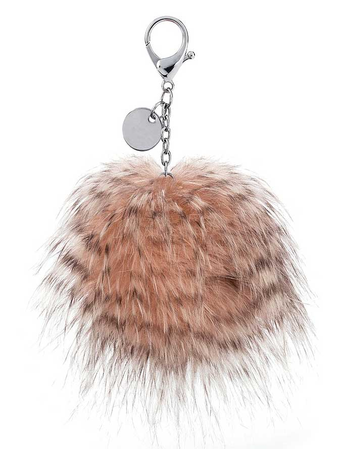 Erfüllt die Europäischen Richtlinien für diese Artikelgruppe Too much fluff is never enough! The Glad To Be Me Bag Charm is unapologetically soft, fuzzy and fabulous. In creamy coral with dreamy grey highlights, this pompom charm has a soft furry beak. Inspired by Odette, this charm reminds you to be loud, be proud and be yourself.